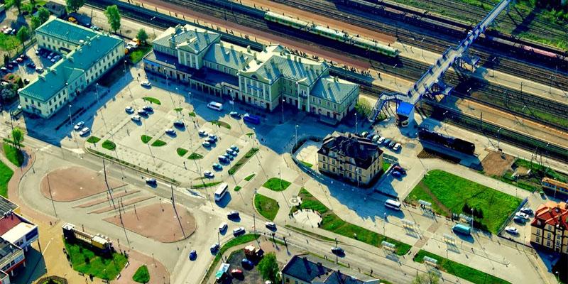 Skarżysko Dworzec PKP fot. K.Szczygieł 2012